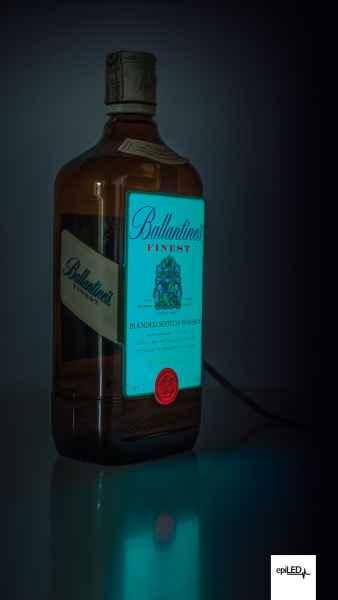 Taśma LED podświetlająca etykietę butelki